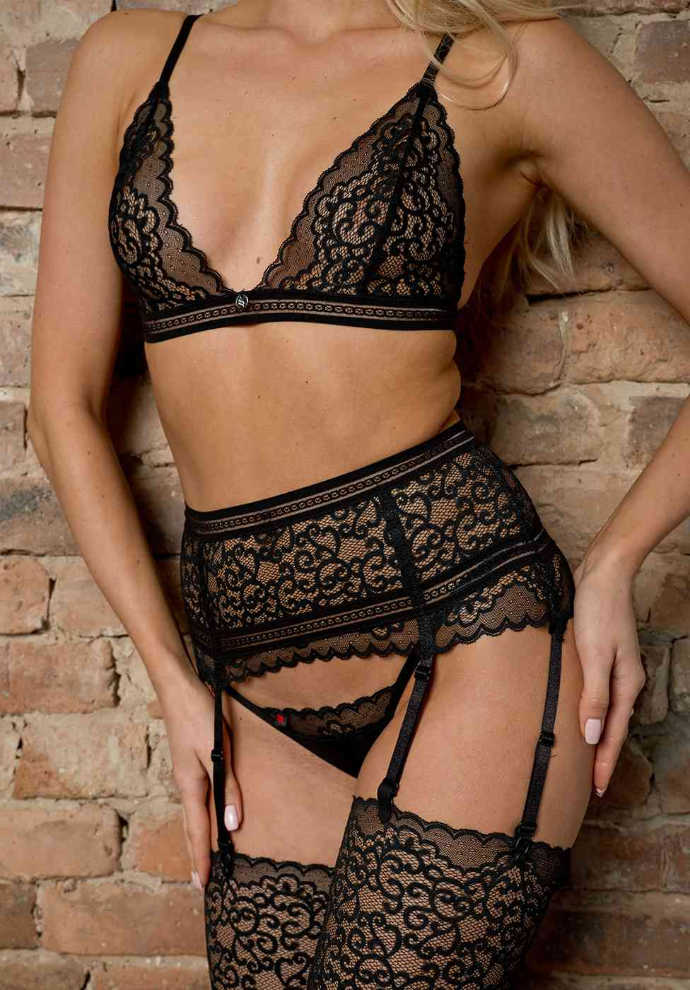 Suspender Belts with larger front